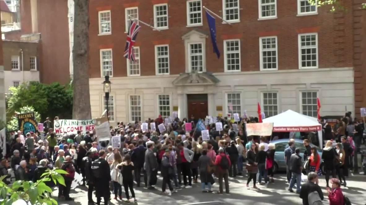 UK: Protesters urge EU to restart migrant rescue op