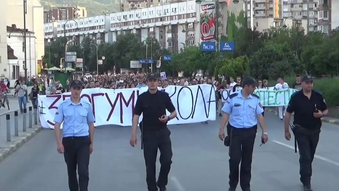 Macedonia: Protesters demand resignation of government in Skopje