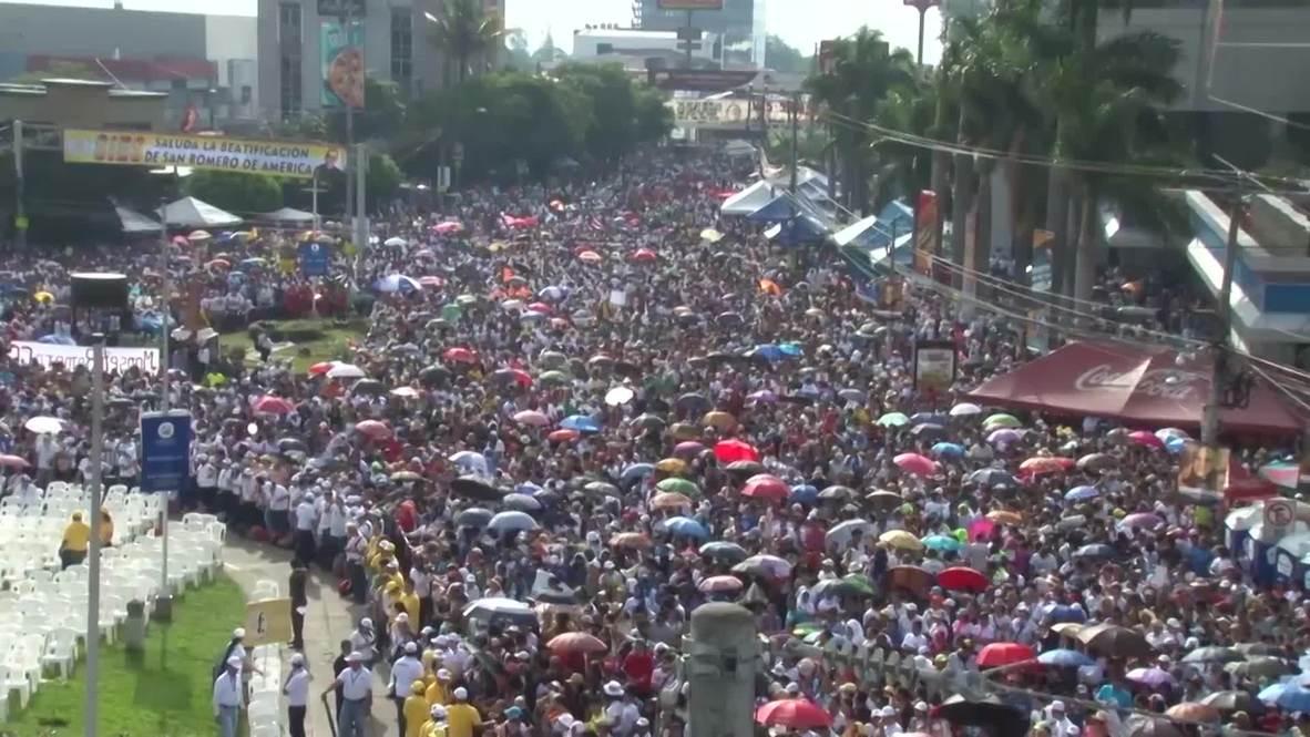 El Salvador: 250,000 celebrate beatification of Archbishop Oscar Romero