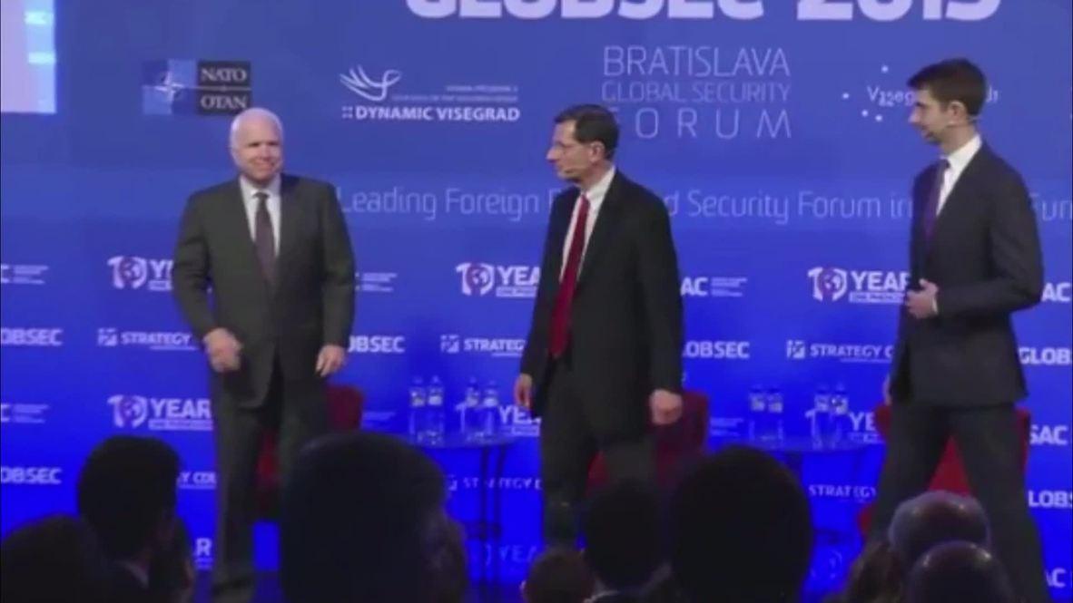 Slovakia: Failure to integrate Ukraine into NATO was a 'mistake' - US Senator McCain