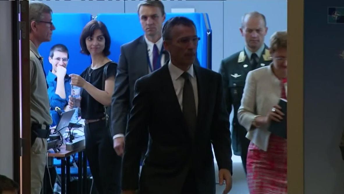 Belgium: UK to step up training of Ukrainian soldiers - NATO's Stoltenberg
