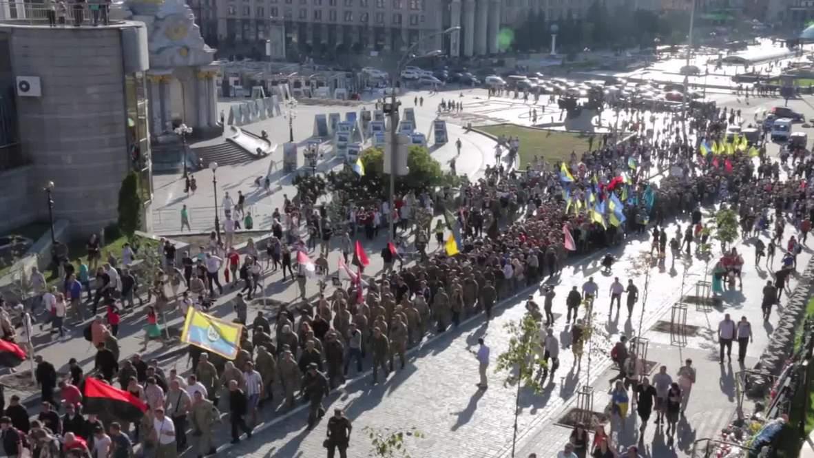 Ukraine: Aidar Battalion and Right Sector demand end to ceasefire in E. Ukraine