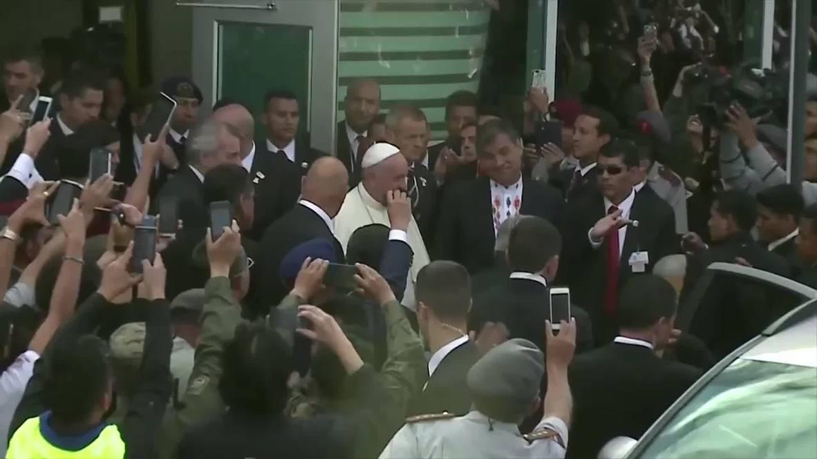 Ecuador: Pope kicks off three nation tour in Quito