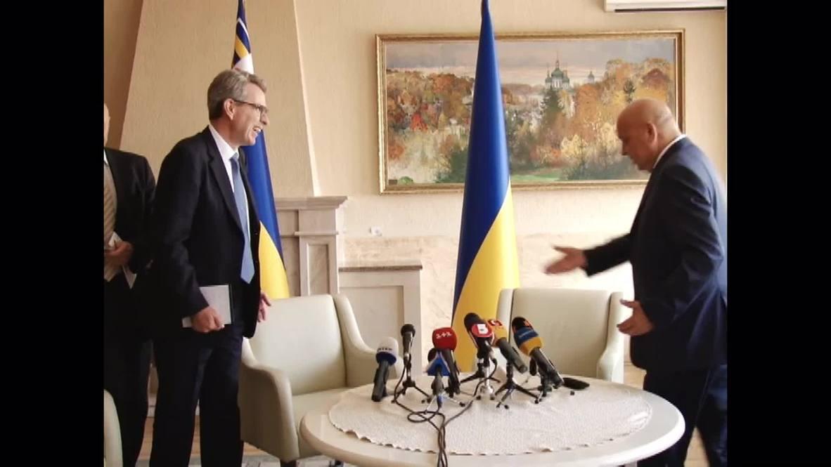 Ukraine: US Ambassador Pyatt condemns Right Sector Mukachevo attack