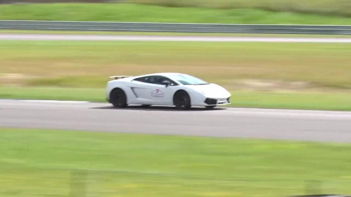 Estonia: Watch supercars tear up racetrack on Gran Turismo tour