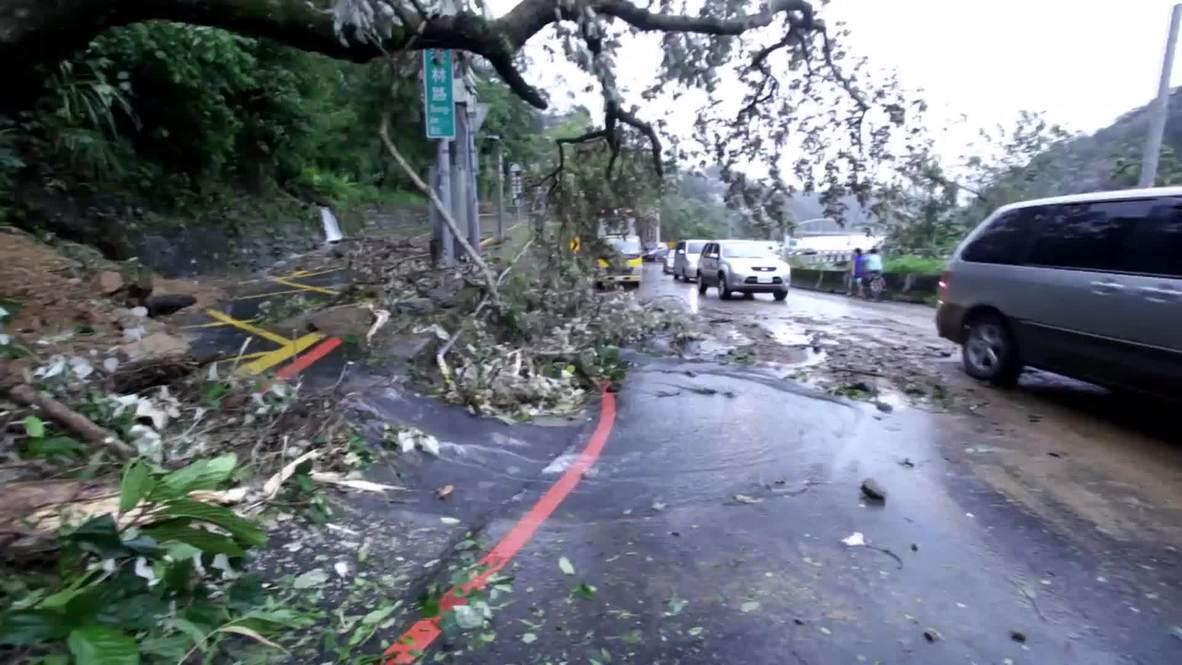 Taiwan: Soudelor typhoon kills 5 and injures 185