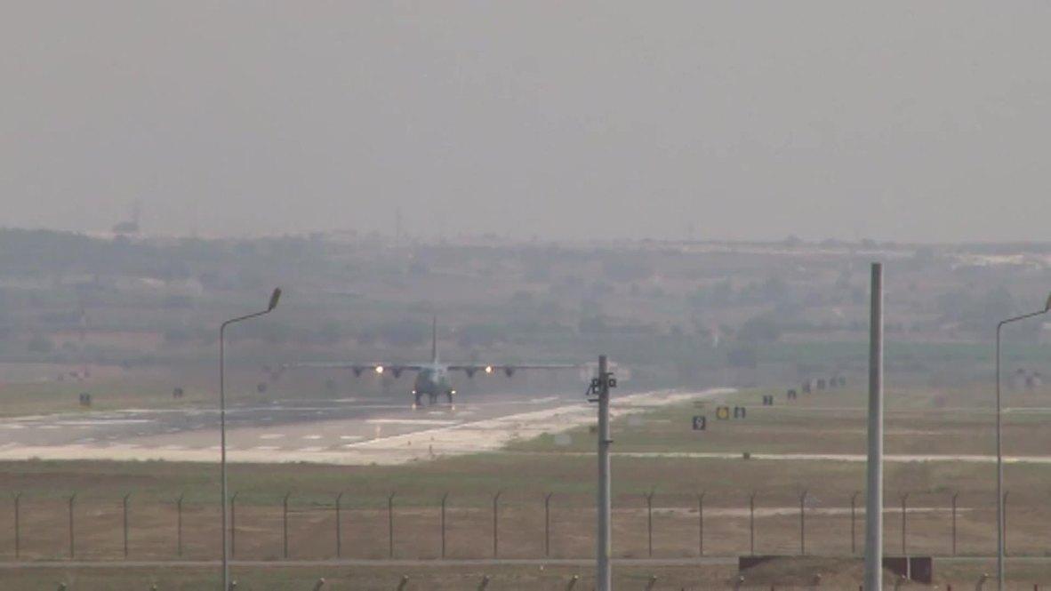 Turkey: US aircraft land at Incirlik Air Base