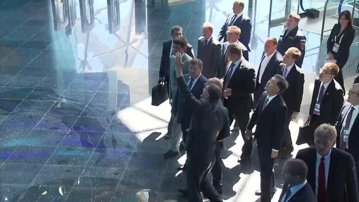 Russia: Putin inspects brand new oceanarium on Russky Island