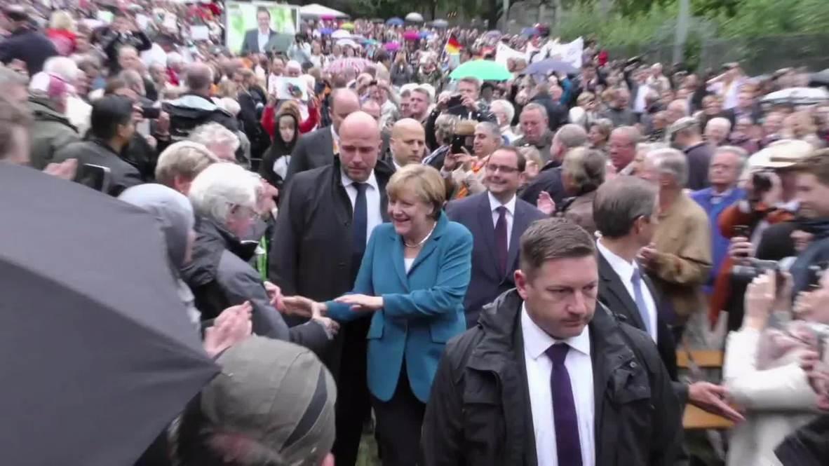 """Germany: Migrants not fleeing danger """"must leave our country"""" - Merkel"""