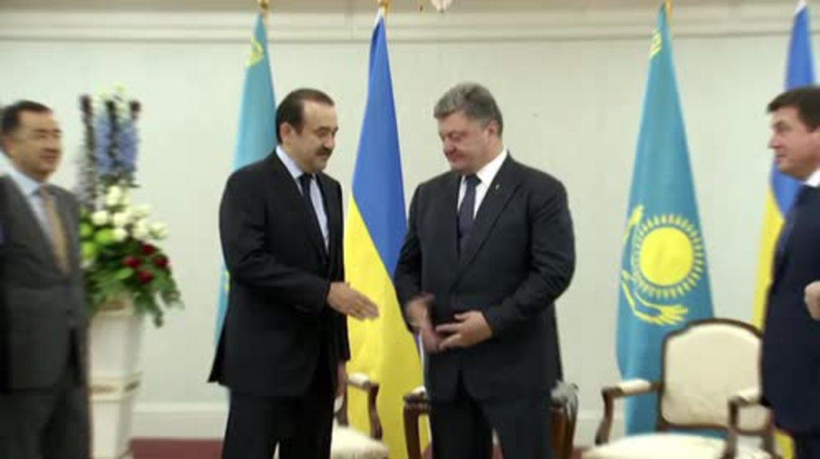 Kazakhstan: Poroshenko meets Kazakh PM in Astana