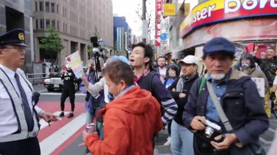 Japan: Hundreds protest US military base relocation