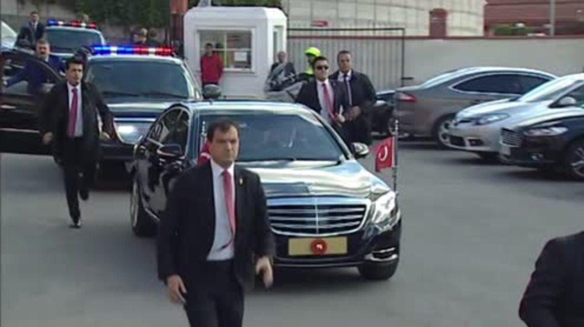 Turkey: President Erdogan casts vote in general election