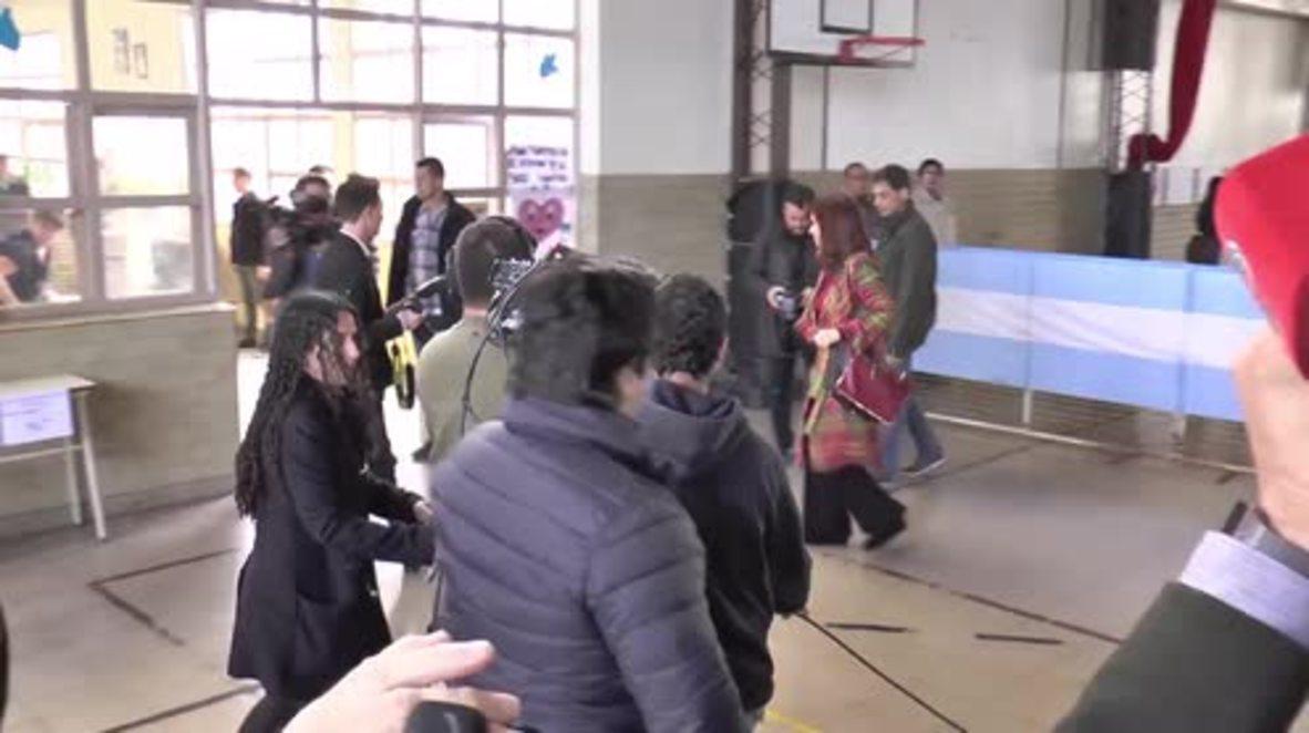 Argentina: President Fernandez casts ballot in historic runoff elections