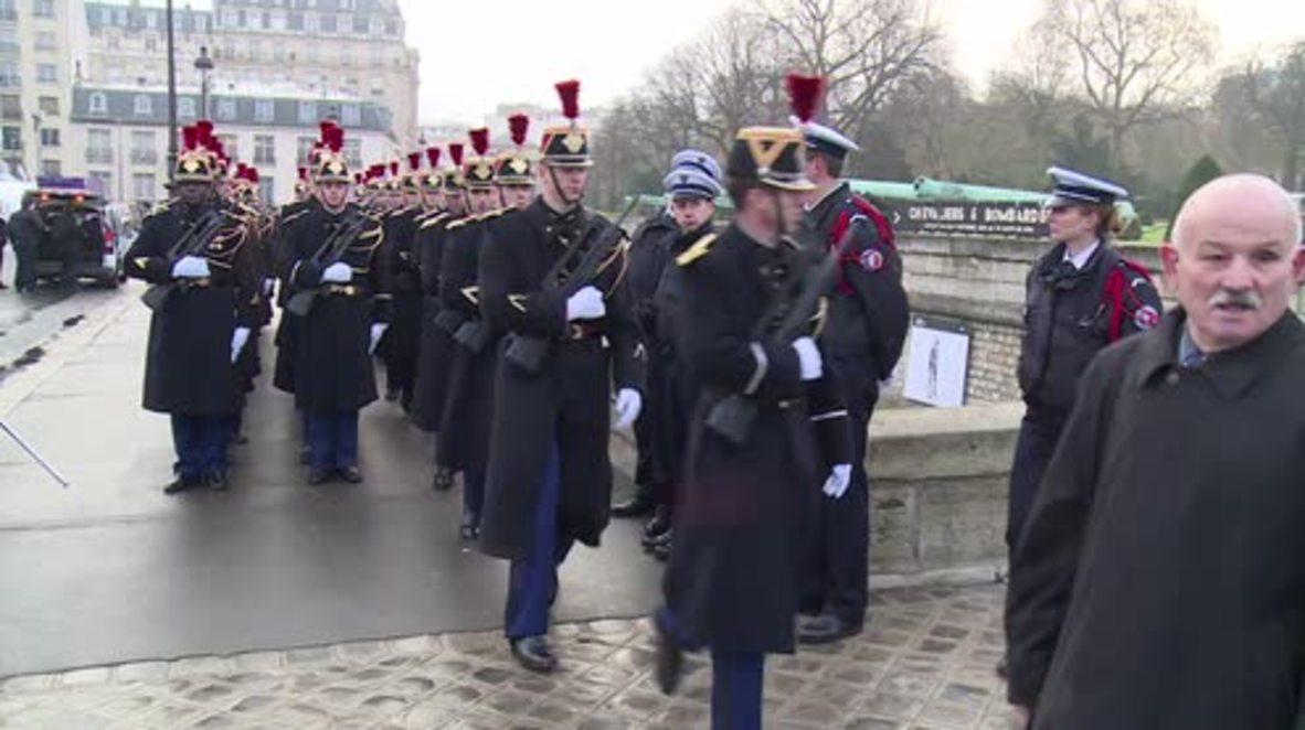 France: Paris memorial honours victims of Paris attacks