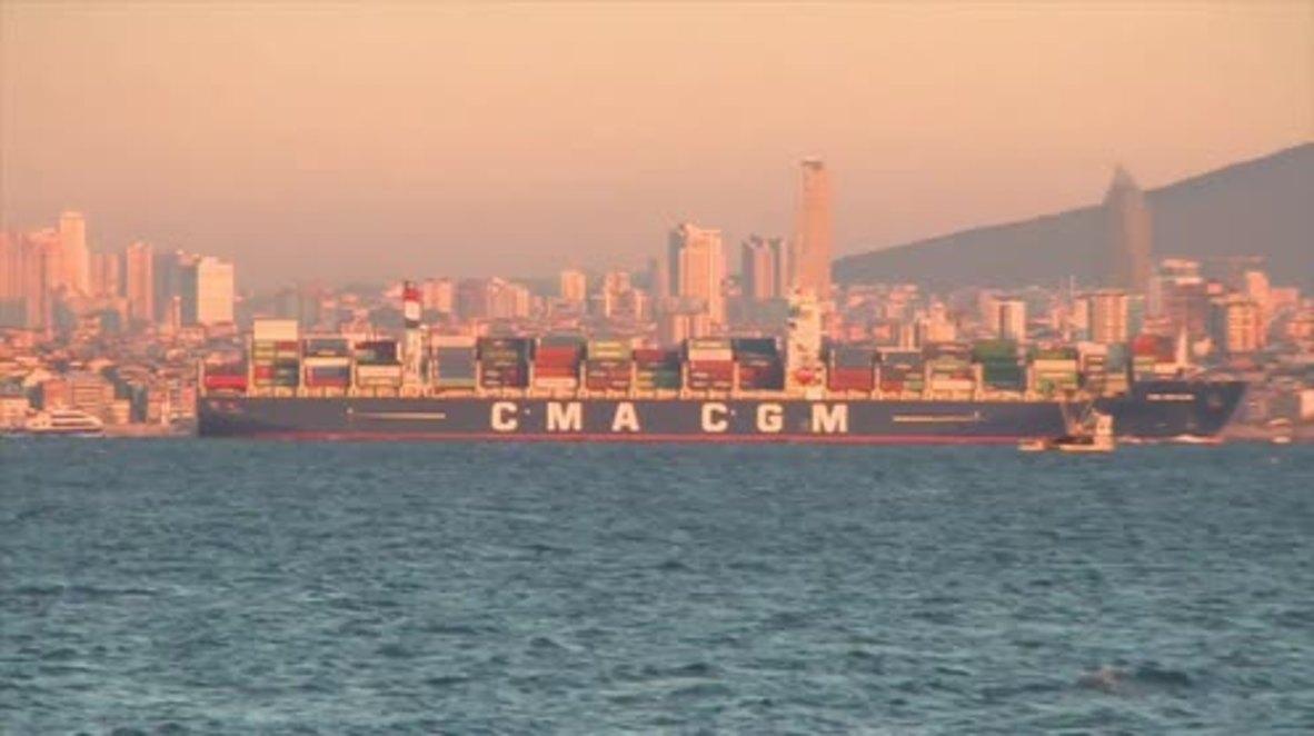 Turkey: Russian ships wait hours to cross Bosphorus Strait