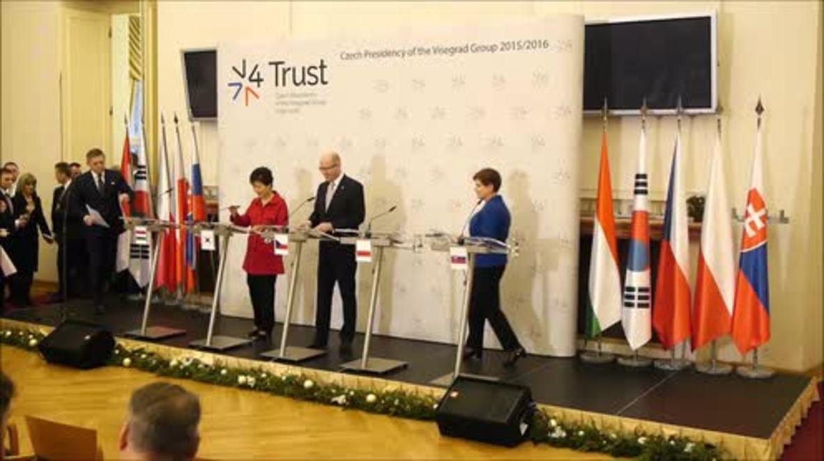 Czech Republic: V4 leaders meet to discuss EU migration policy