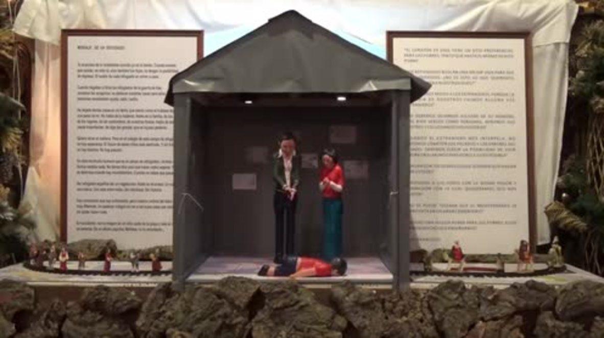 Spain: Alternative nativity scene depicts plight of Aylan Kurdi