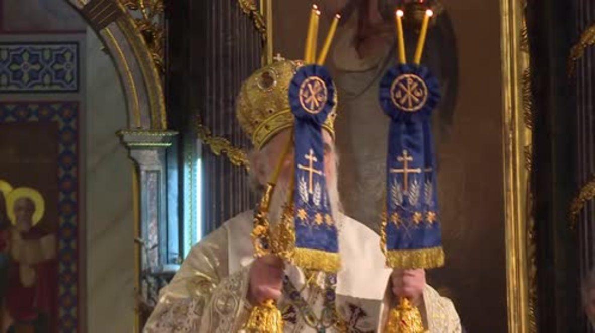 Serbia: President Nikolic attends Orthodox Christmas service led by Patriarch Irinej