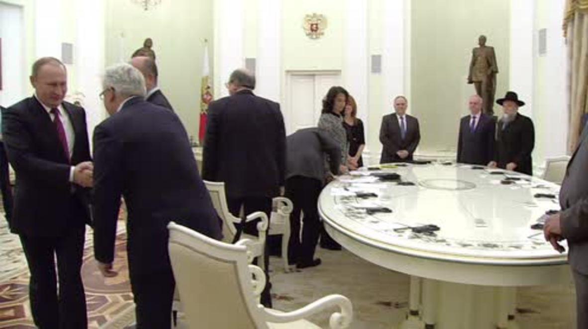 Russia: Putin calls on European Jews to move to Russia