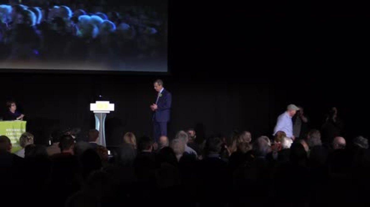 UK: Ex-Def Sec Liam Fox calls for UK to 'take control of borders,'  leave EU
