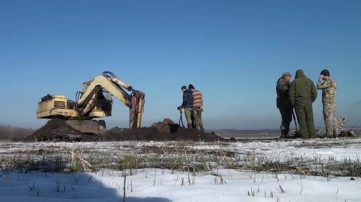 Russia: Downed WWII Petlyakov Pe-2 excavated  identified, bones found