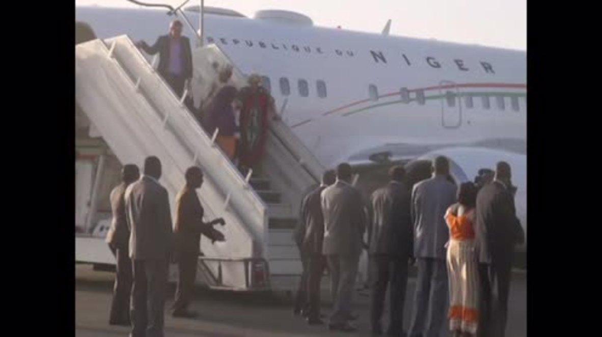 Burkina Faso: Freed Australian hostage arrives in Ouagadougou