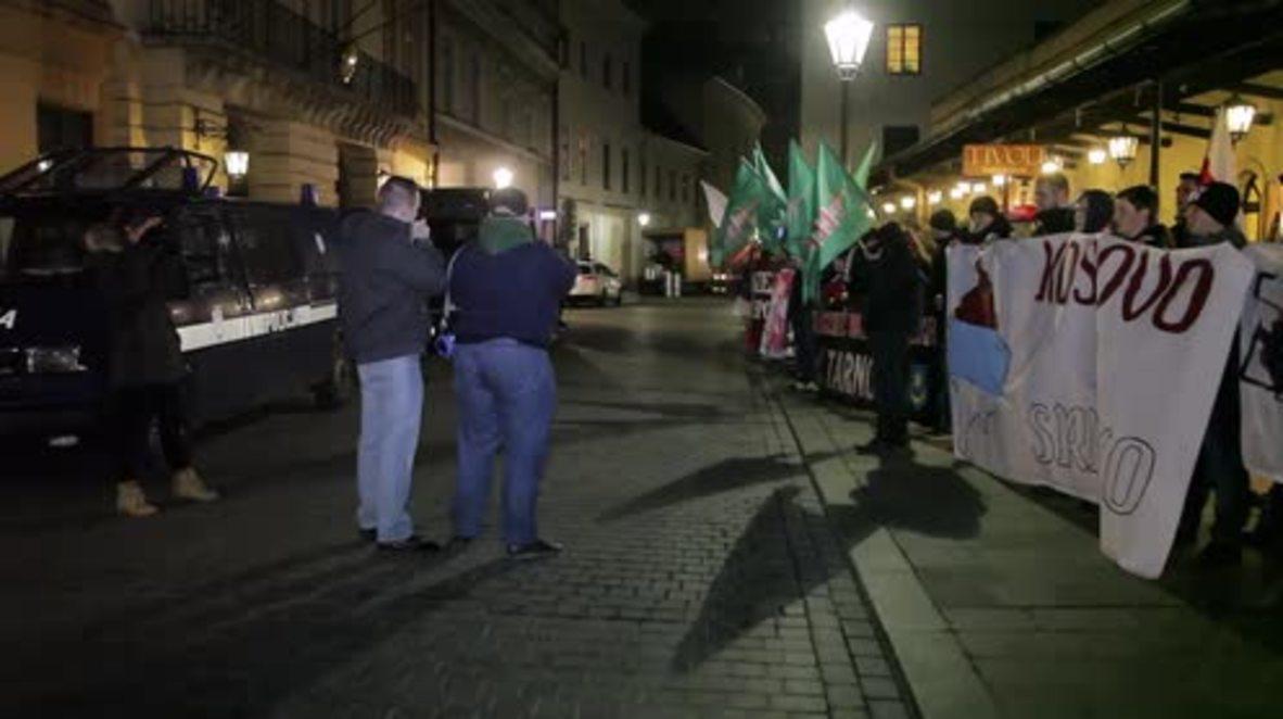 Poland: Anti-US protest in Krakow blames America for refugee crisis