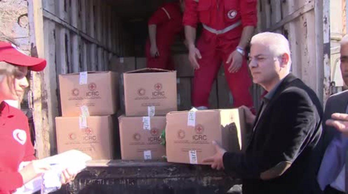Syria: Latakia citizens receive humanitarian aid