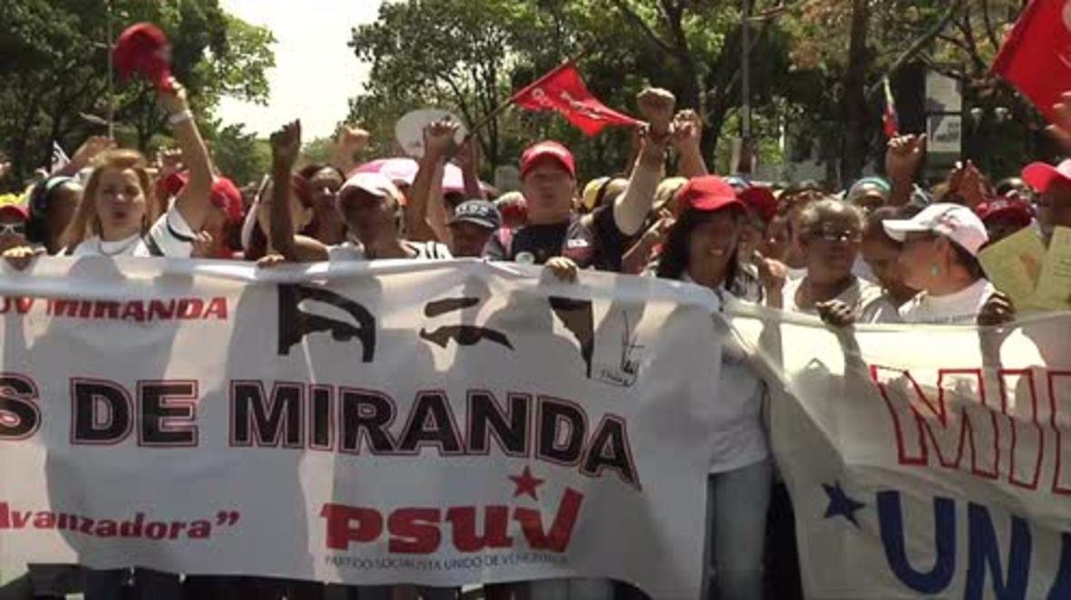 Venezuela: 1,000s march to support Maduro on International Women's Day