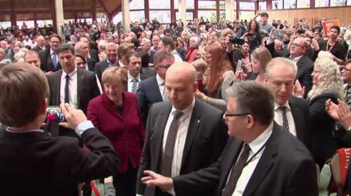 Germany: Merkel talks migrant crisis at rally ahead of crucial regional elections