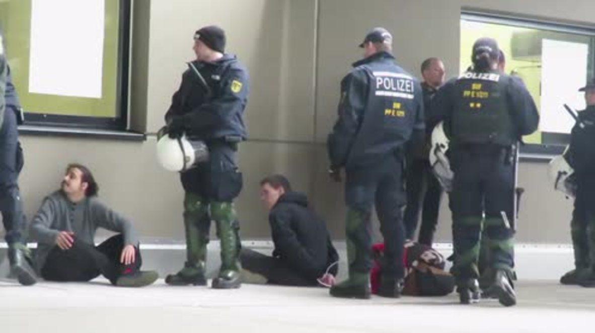 Germany: Police detain antifa at Die Rechte rally in Baden-Wuerttemberg