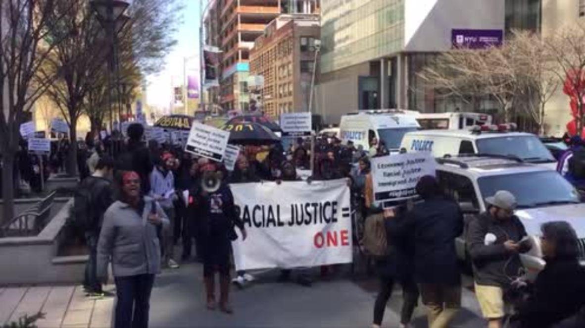 USA: Akai Gurley protesters decry delay in police sentencing