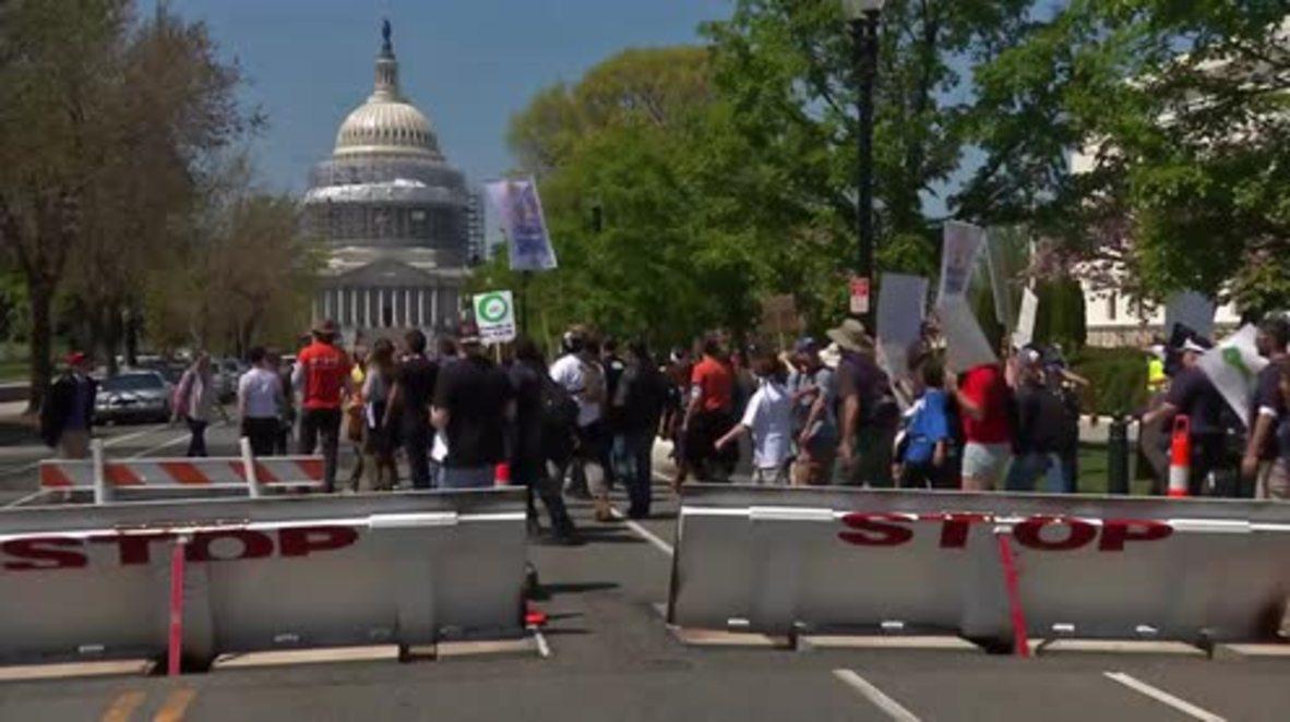 USA: Further arrests dog 'Democracy Spring' protest in Washington