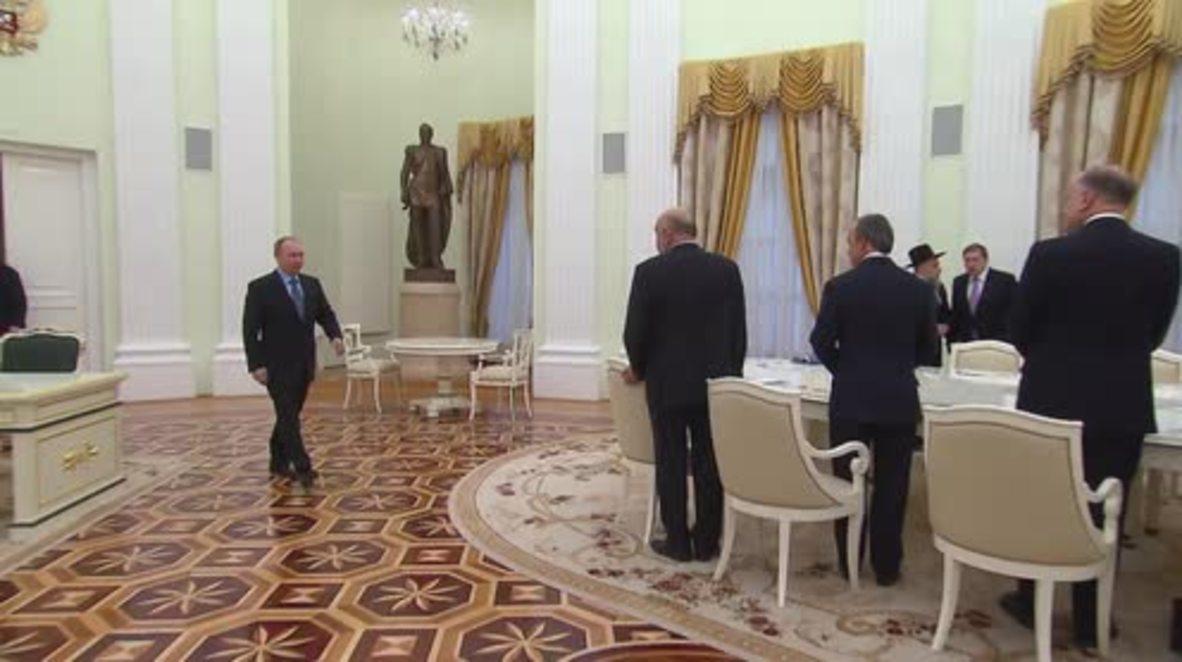 Russia: World Jewish Congress chief praises Putin for reducing anti-Semitism