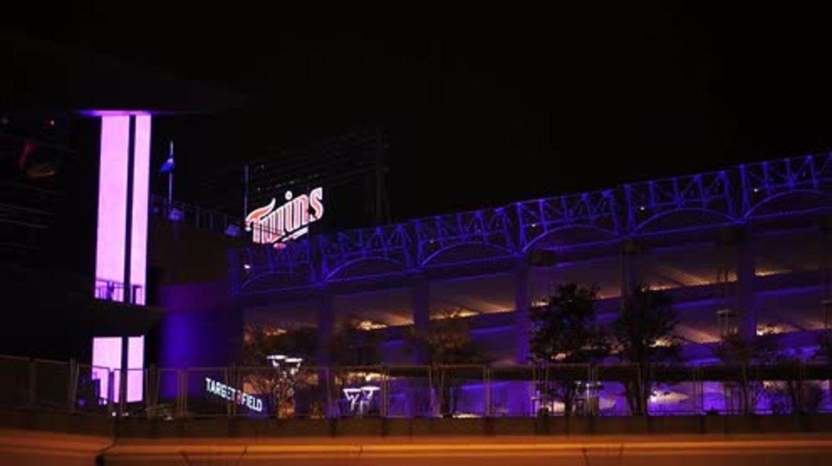 USA: Minneapolis turns purple in honour of Prince