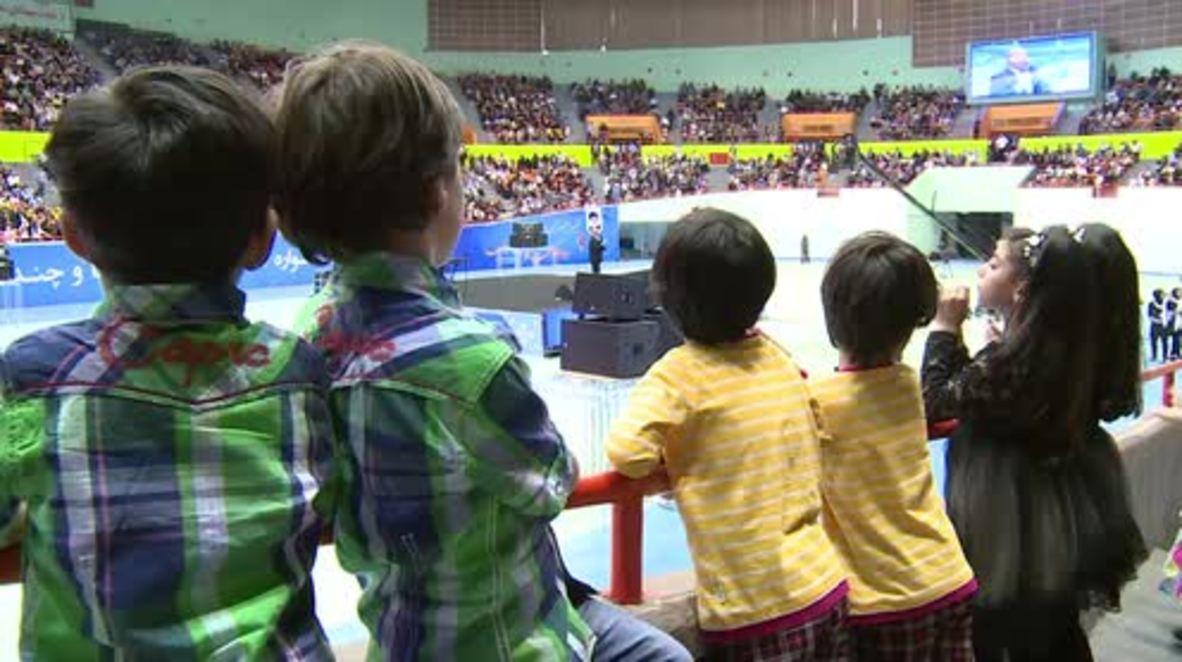 Iran: Double-takes galore as Tehran celebrates Festival of Twins
