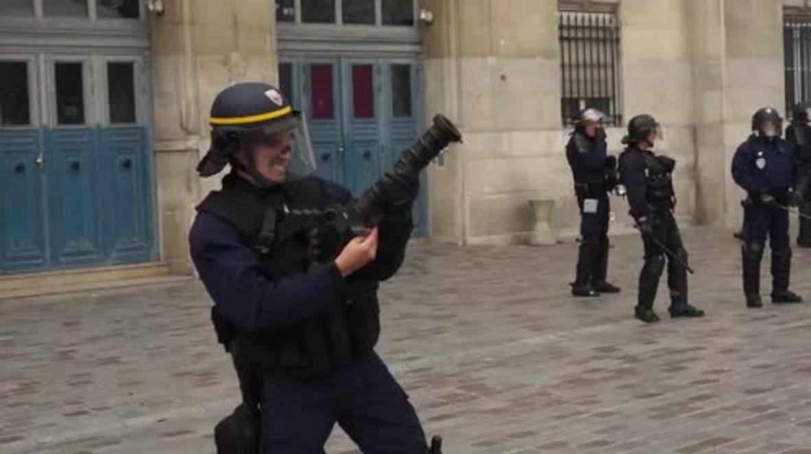 France: Riot police deploy tear gas at Paris labour reform protest