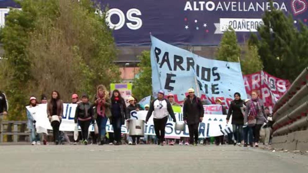 Argentina: Thousands block streets demanding food and jobs