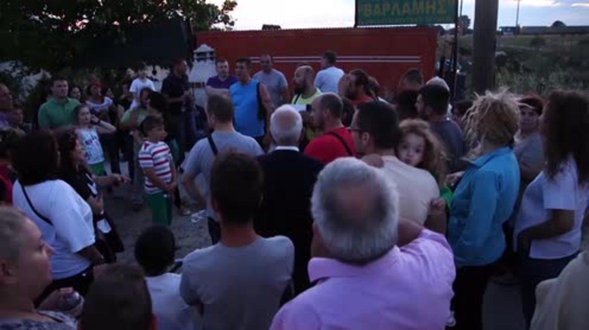 Greece: Locals protest against refugee camp near Thessaloniki