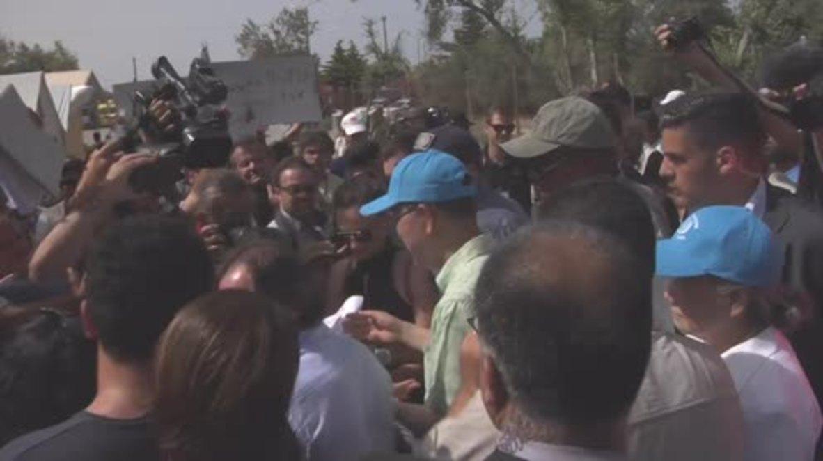 Greece: Ban Ki Moon visits Lesbos refugee camp