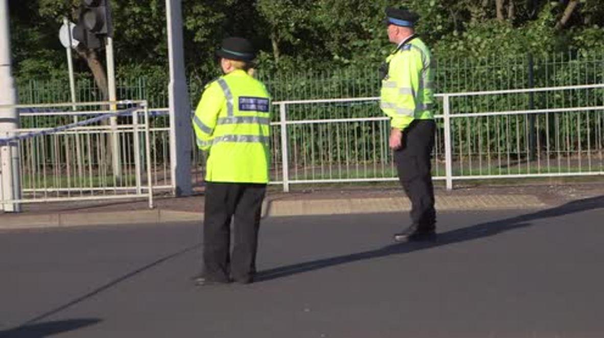 UK: Police arrive at A unit to investigate machete attack
