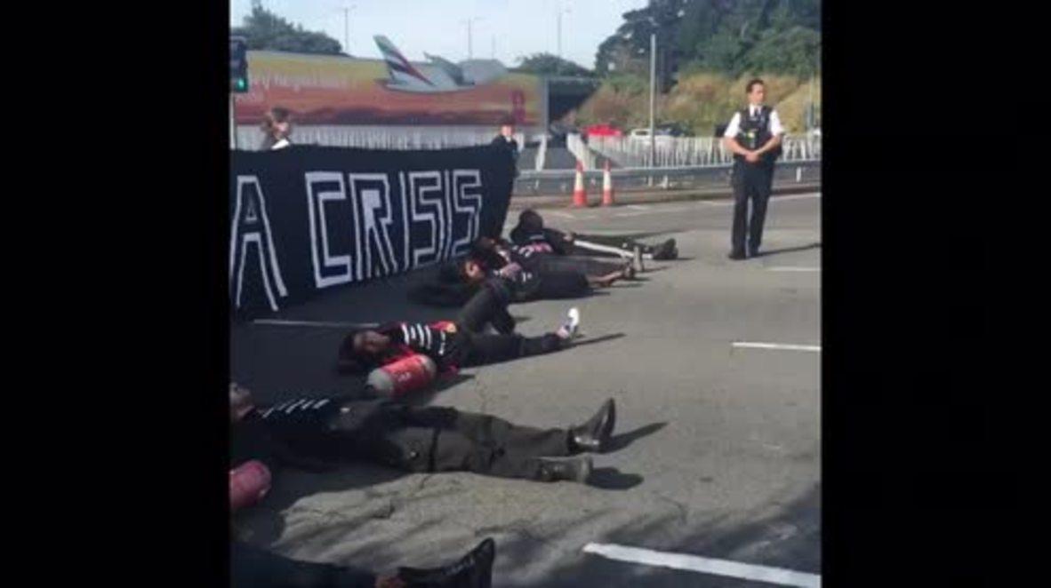 UK: Black Lives Matter protest blocks motorway to Heathrow Airport