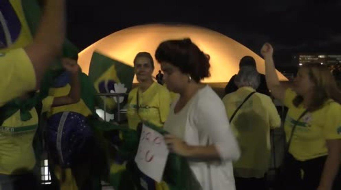 Brazil: Anti-Rousseff demonstrators celebrate as Senate approves impeachment trial