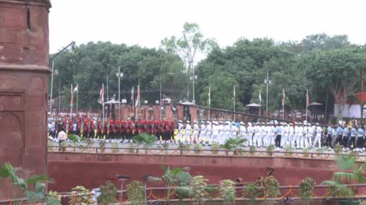 India: Modi criticises Pakistan for 'glorifying' terrorism during address