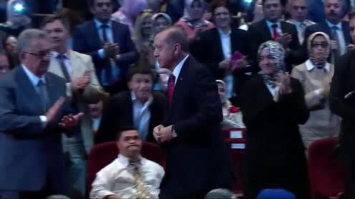 Turkey: Kurds to be targeted, says Erdogan, as Turkish tanks roll into N. Syria
