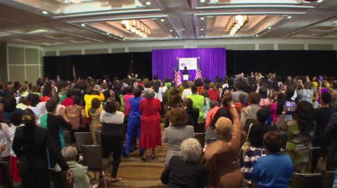 USA: Clinton laughs off health scares at Black Women's Agenda symposium