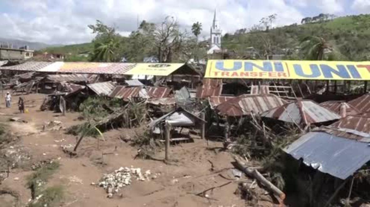 Haiti: Nearly 900 dead after Hurricane Matthew rips through Caribbean