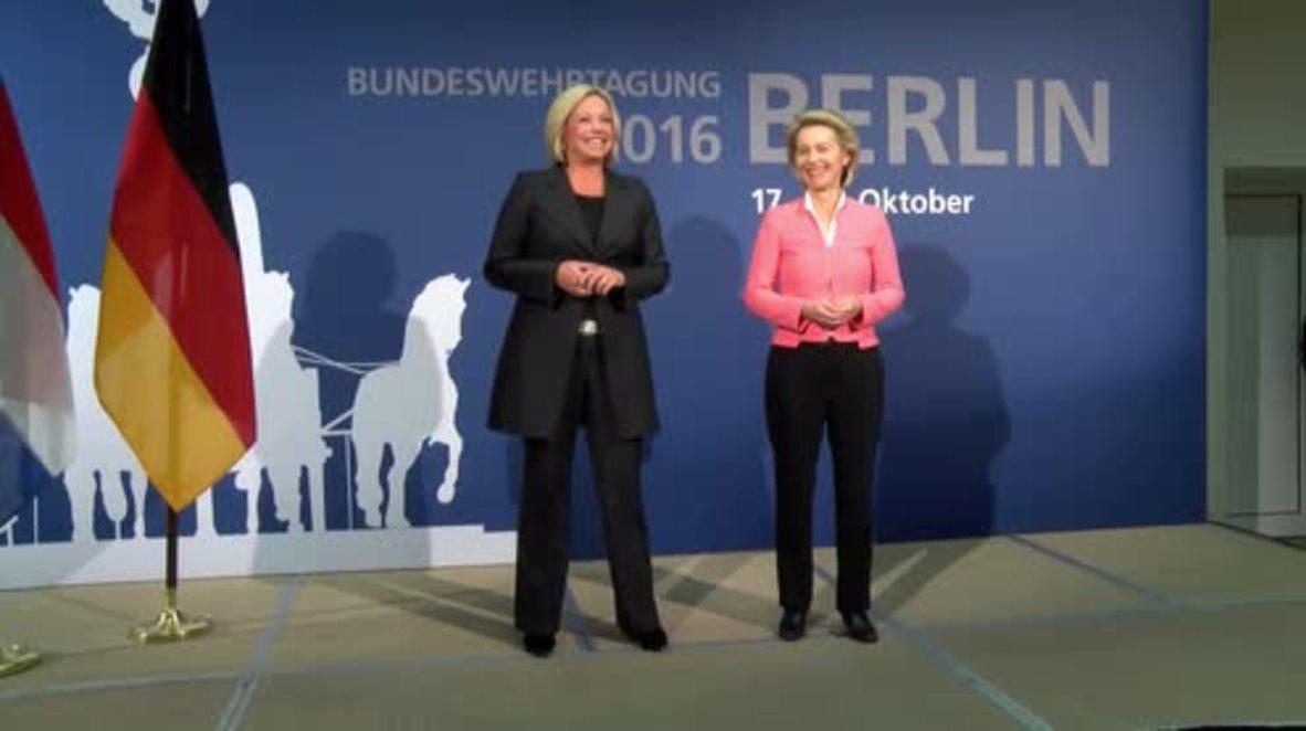 Germany: We must strengthen our 'deterrent posture' toward Russia - Dutch DefMin
