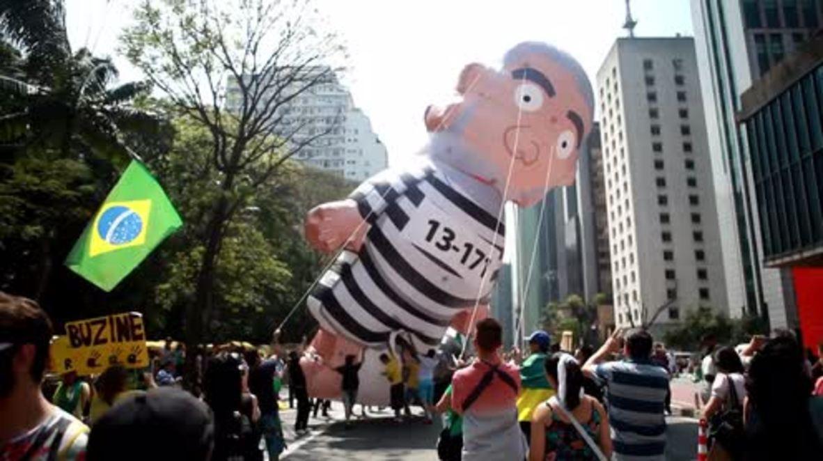 Brazil: Hundreds gather in Sao Paulo to demand imprisonment for Lula da Silva
