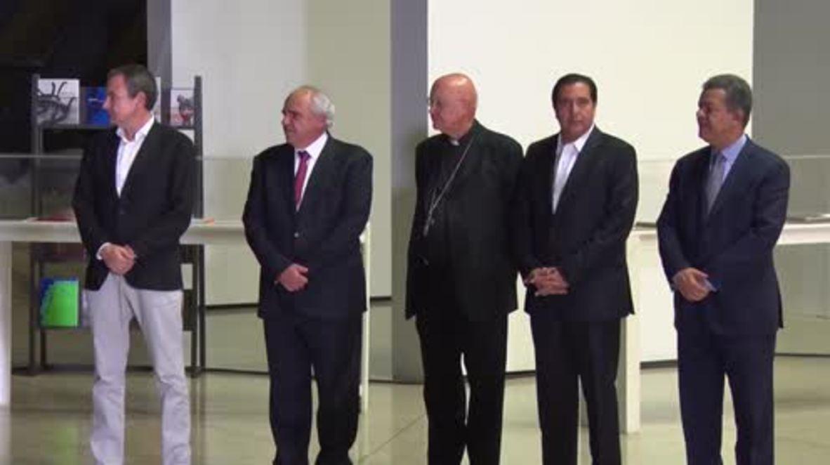 Venezuela: Govt and opposition meet for talks on political deadlock